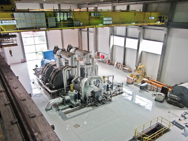 Raahen voiman kaasuvoimalaitos sisänäkymä