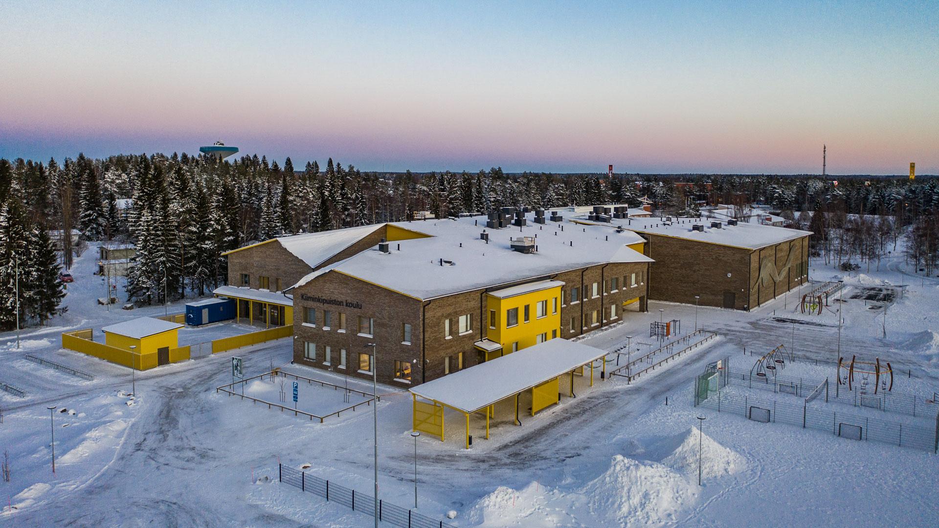 Kiiminginpuiston koulun ilmakuva