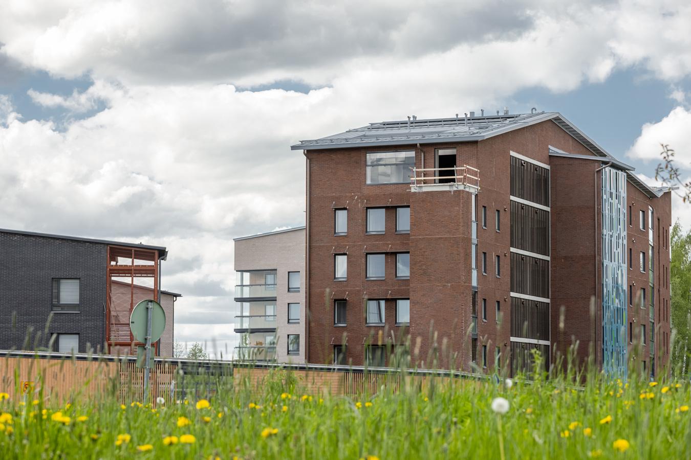 UKI Arkkitehtien suunnitteleman lohjan asuntomessujen kumppanuuskortteli rakennusvaiheessa