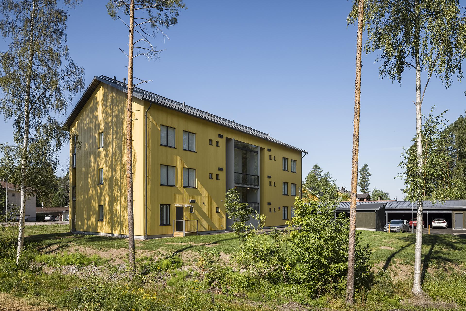 As Oy Jyväskylän Kaarnan korttelin sisäpiha