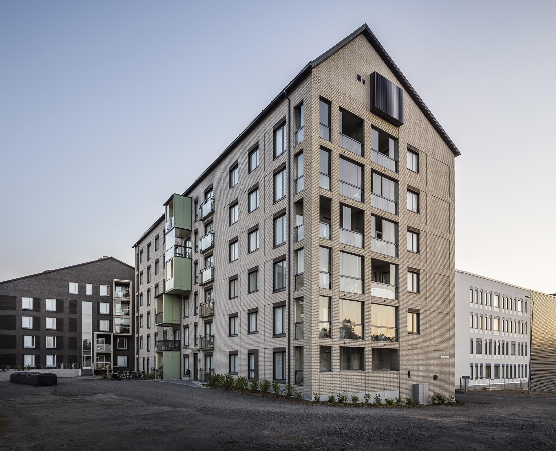 As Oy Jyväskylän Paperitehtaankatu 24 rakennuksesta
